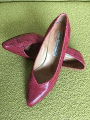 Red snakeskin court shoes (1984)